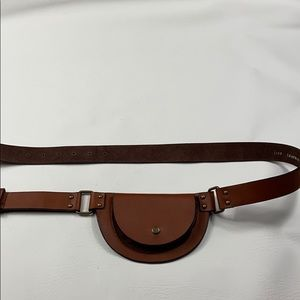 NWT Leather & brass brown belt bag ML